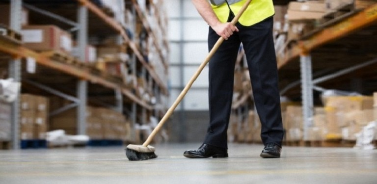Points To Consider When Cleaning a Warehouse